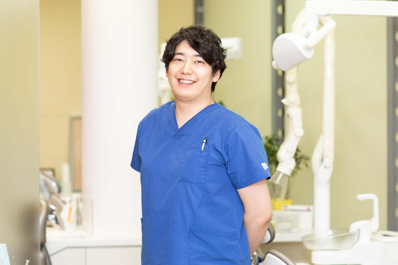 歯科医師 最上 槙平